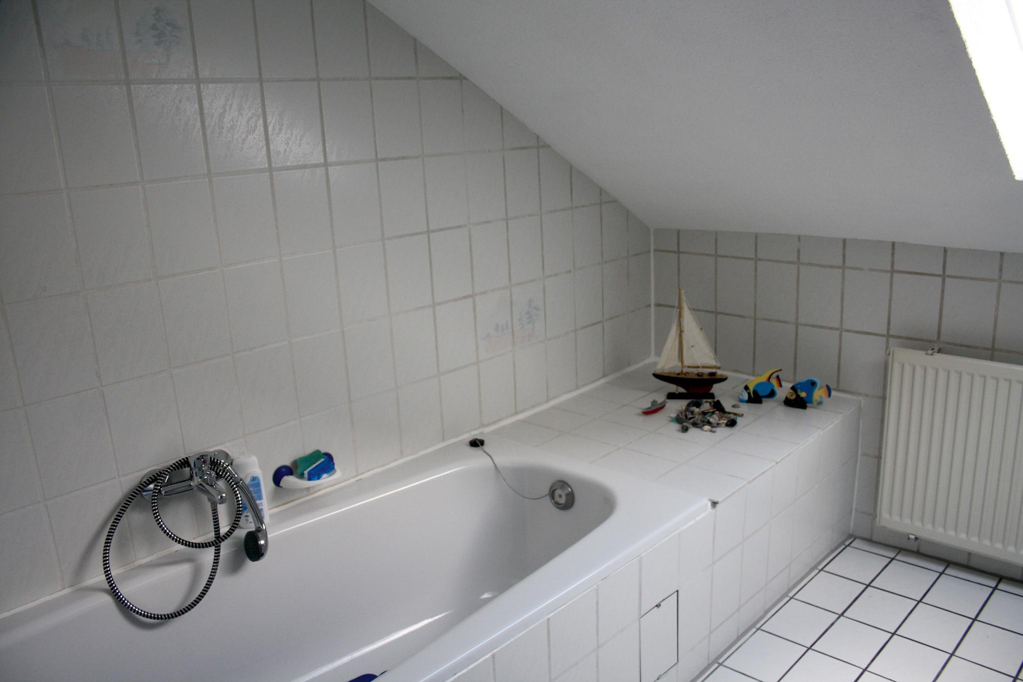 test lacke und lasuren wilckens fliesenlack von wilckens sehr gut. Black Bedroom Furniture Sets. Home Design Ideas